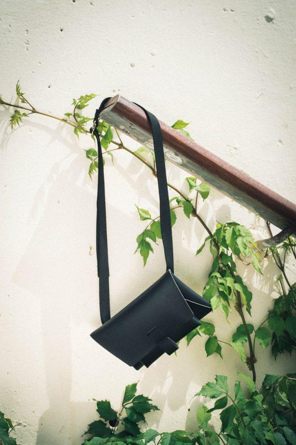 Kangaroo Belt Bag – Negro