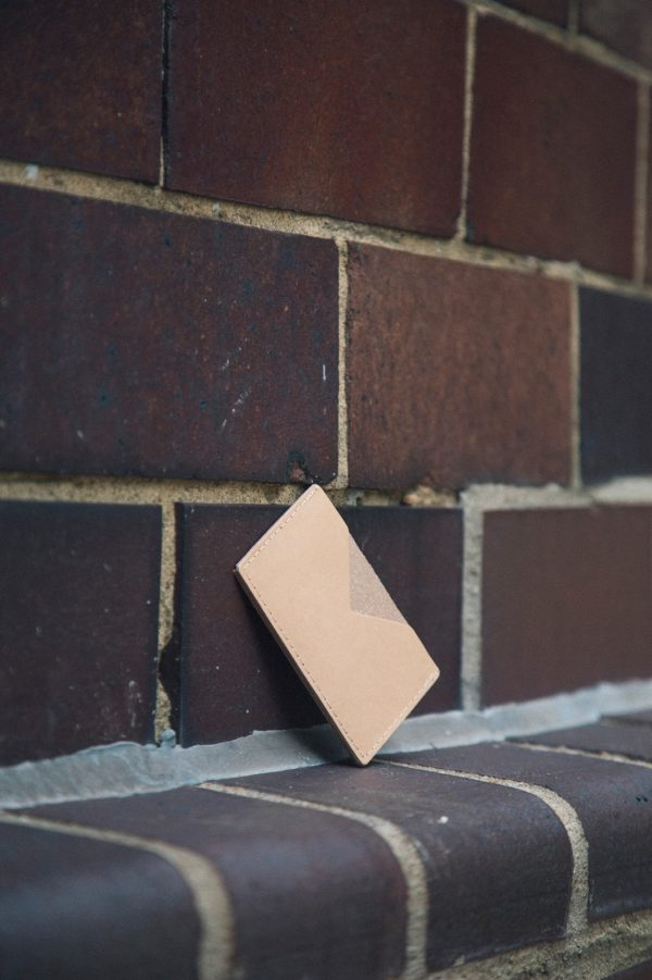 Triangle Wallet Camel