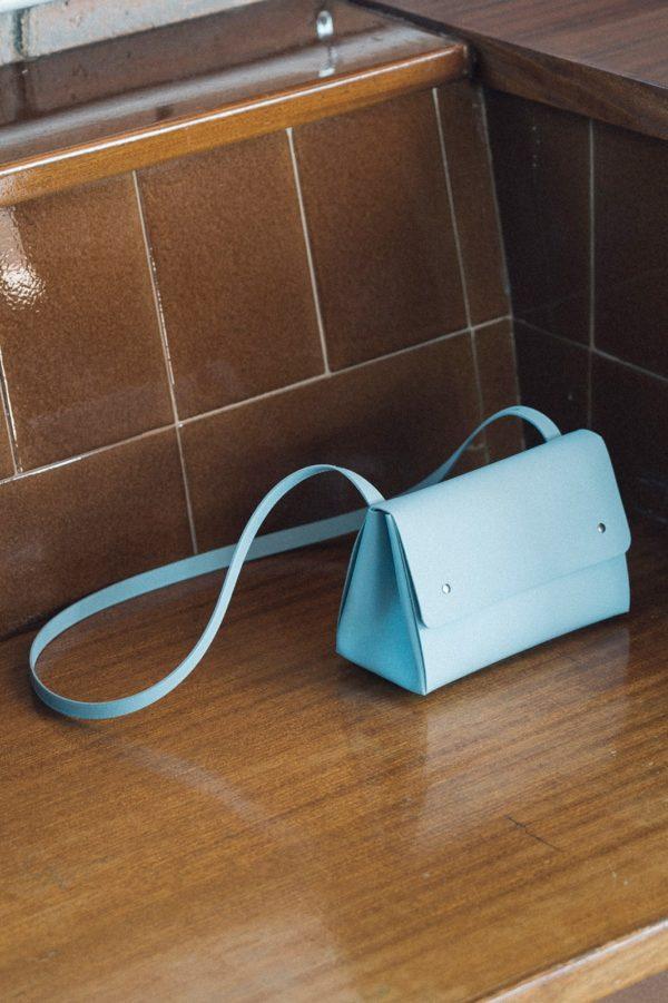 Triangle Bucket II Azul Claro